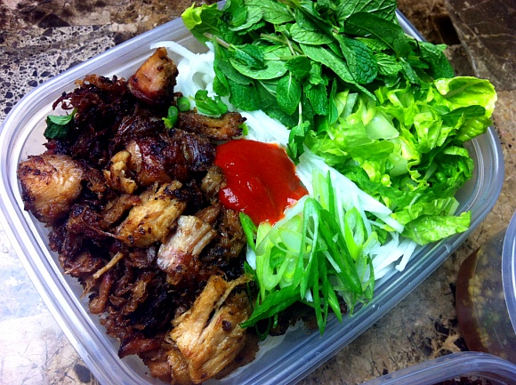 Lunch Box! Vietnamese Noodle Salad with Smoked Pork