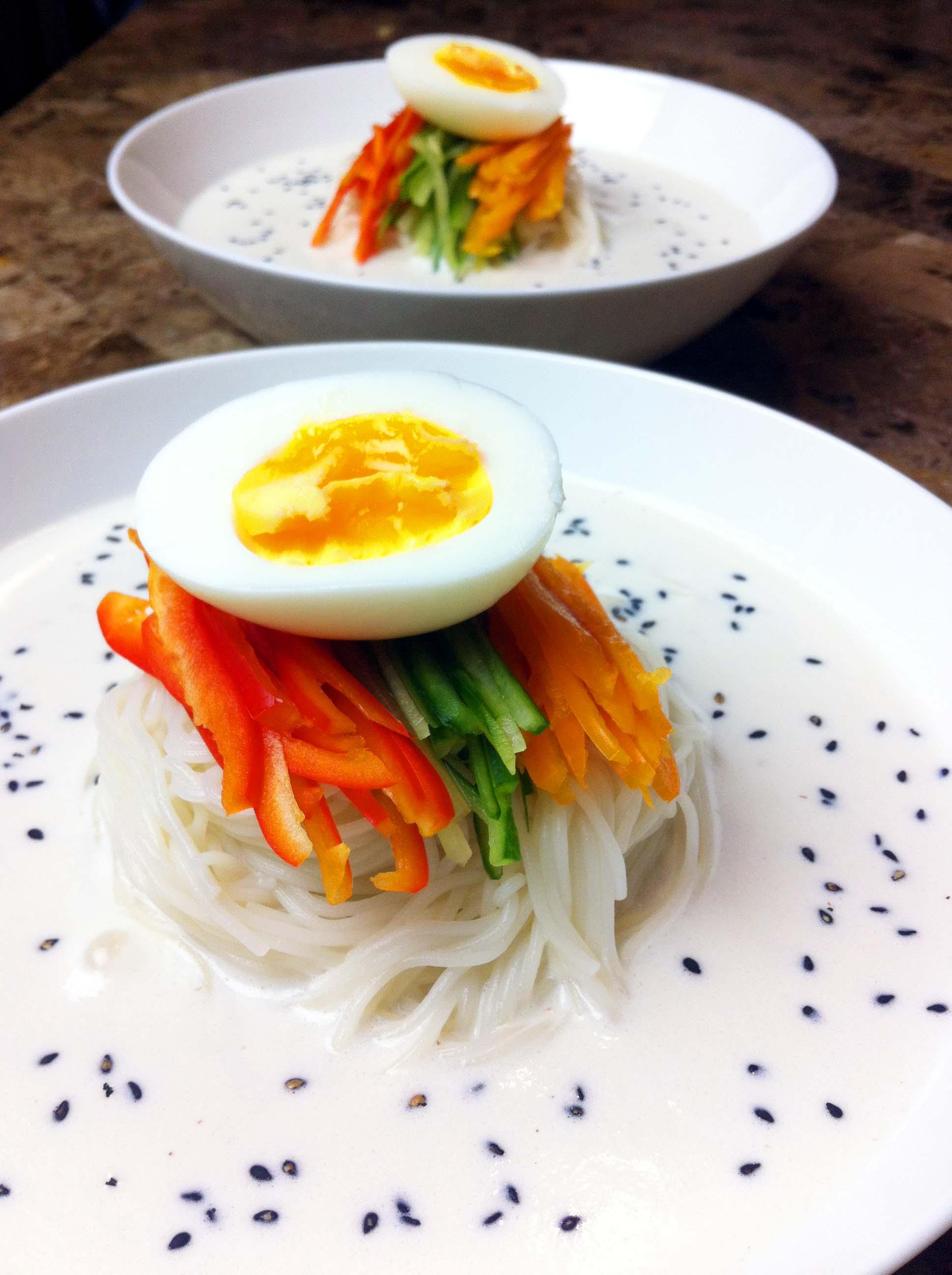 Healthy Recipe : Vegetarian Recipe (Soup Recipe): Vegetarian White Noodles : Seonkyoung Longest