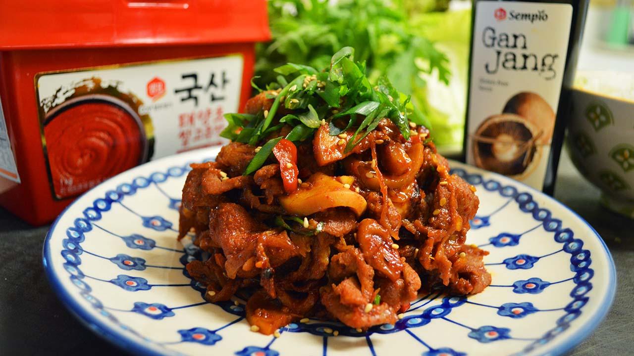 Korean Spicy Pork Recipe : Pork Bulgogi : 제육볶음 맛있게 만드는법 ...