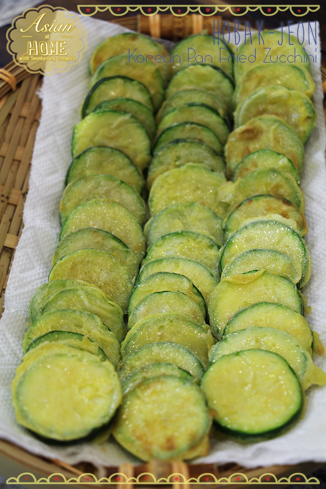 HobakJeon : Korean Pan Fried Zucchini Recipe & Vedio