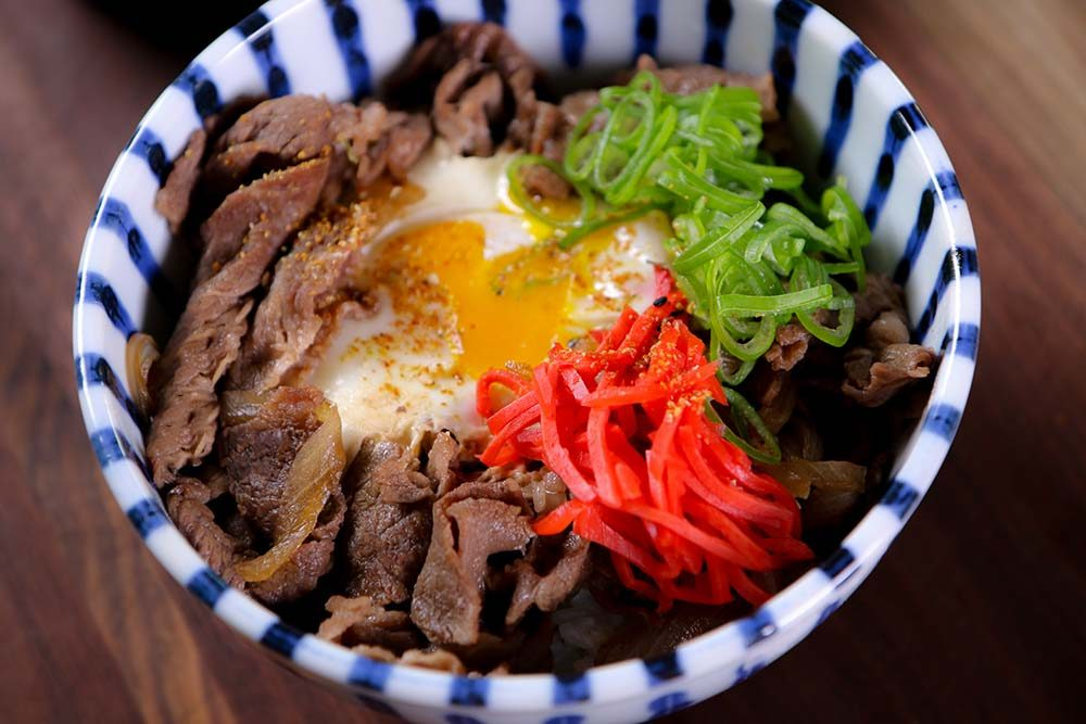 Easy gyudon japanese beef rice bowl recipe video seonkyoung all asian dishes x10 tastier when it served with egg lol forumfinder Gallery