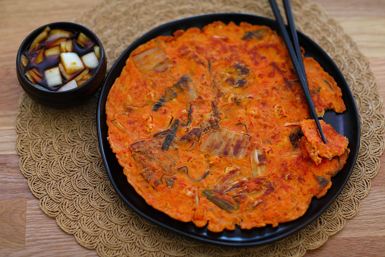 Kimchi Pancake Recipe Amp Video Seonkyoung Longest